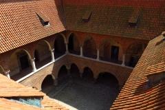 Dziedziniec lidzbarskiego zamku