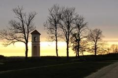Gietrzwałd - kapliczka przydrożna, na południe
