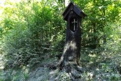 Kapliczka koło wsi Gronity