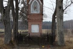 Kapliczka koło wsi Pajtuny