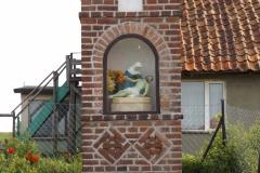 Kapliczka we wsi Marcinkowo