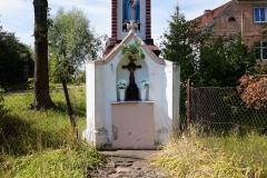 Kapliczka we wsi Wozławki (przy drodze Bisztynek - Bartoszyce)