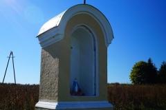 Kapliczka, wieś Wozławki, pow. bartoszycki. Wyjazd w kierunku Lidzbarka Warm.
