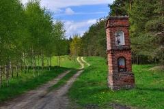 Kapliczka przy drodze Woryty-Rentyny