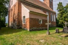 Opin, kościół Znalezienia Krzyża Świętego