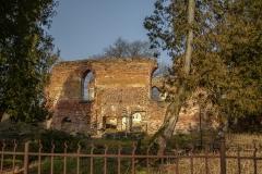 Osetnik - ruiny kościoła z XV wieku