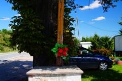 Przydrożny krzyż, wieś Lutry