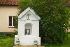 Przydrożna kapliczka, wieś Babiak