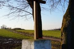 Przydrożny krzyż, wieś Samolubie