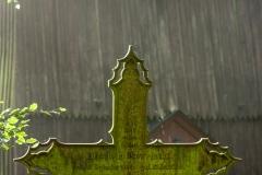 Różynka, cmentarz przy kościele