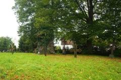 Stara część cmentarza we wsi Babiak